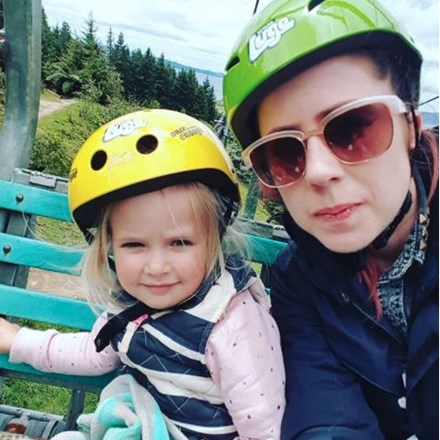 Mother on Daughter riding the Luge Chairlift. By Instagram user halie.de.